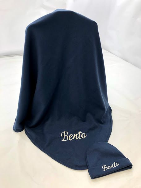 Kit  manta e touca p bebê  com bordado 100% algodão egípcio luxo