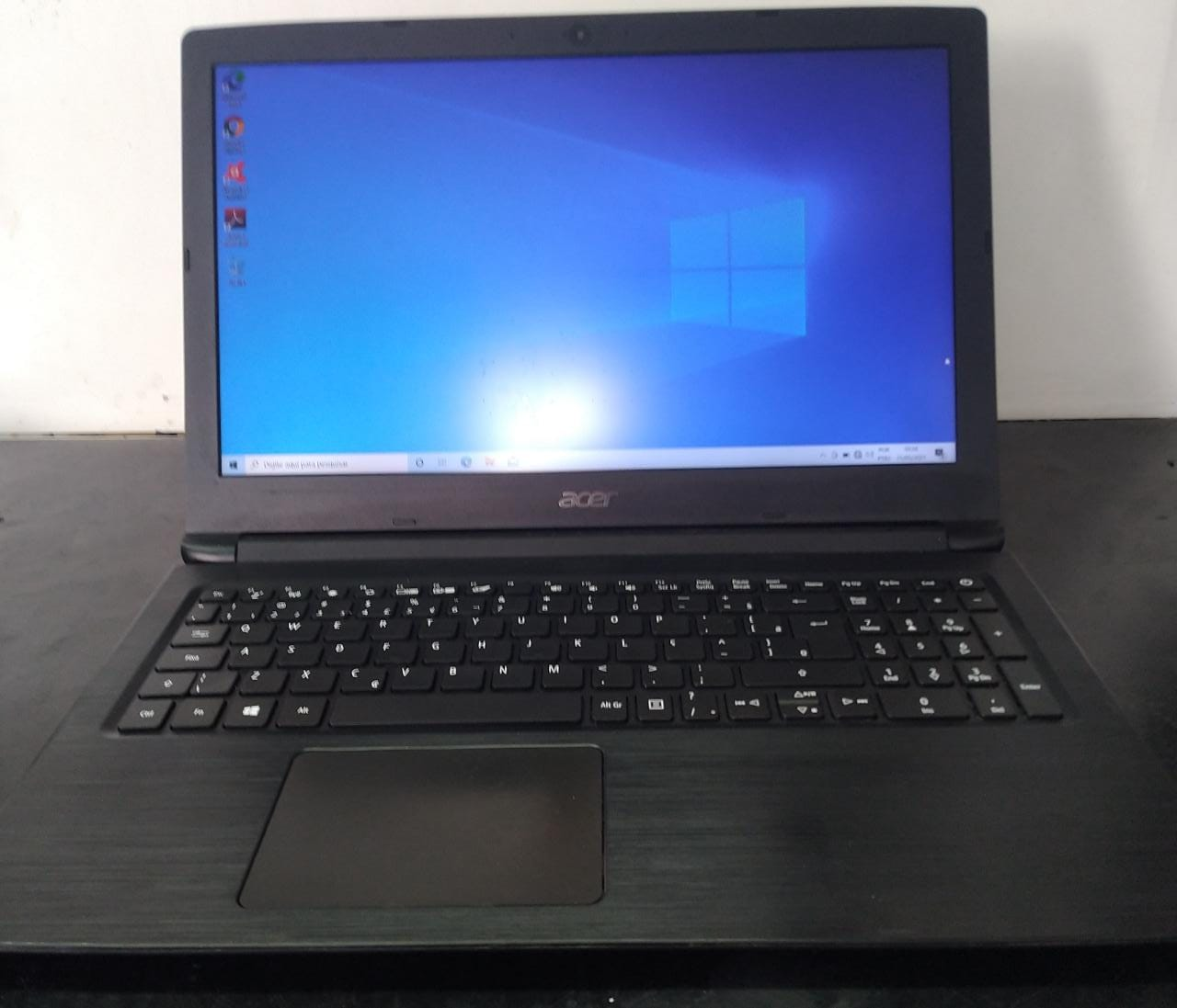 Notebook Acer I3/12GB/120SSD