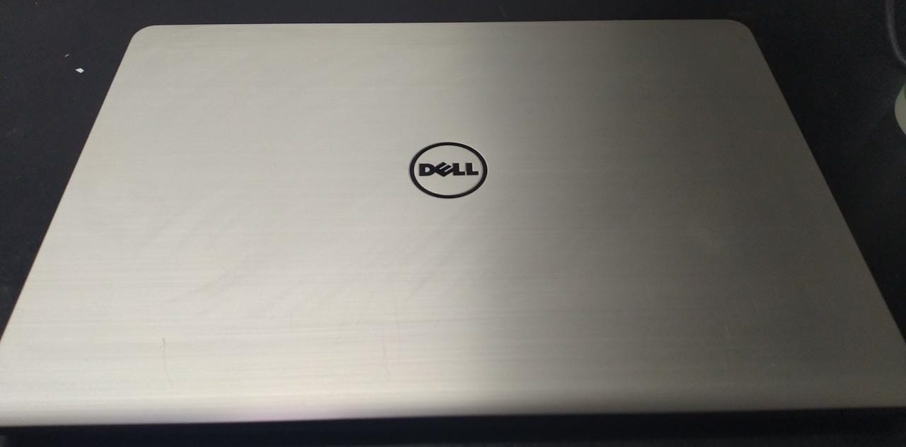 Notebook Dell Inspiron i7/8GB/120SSD