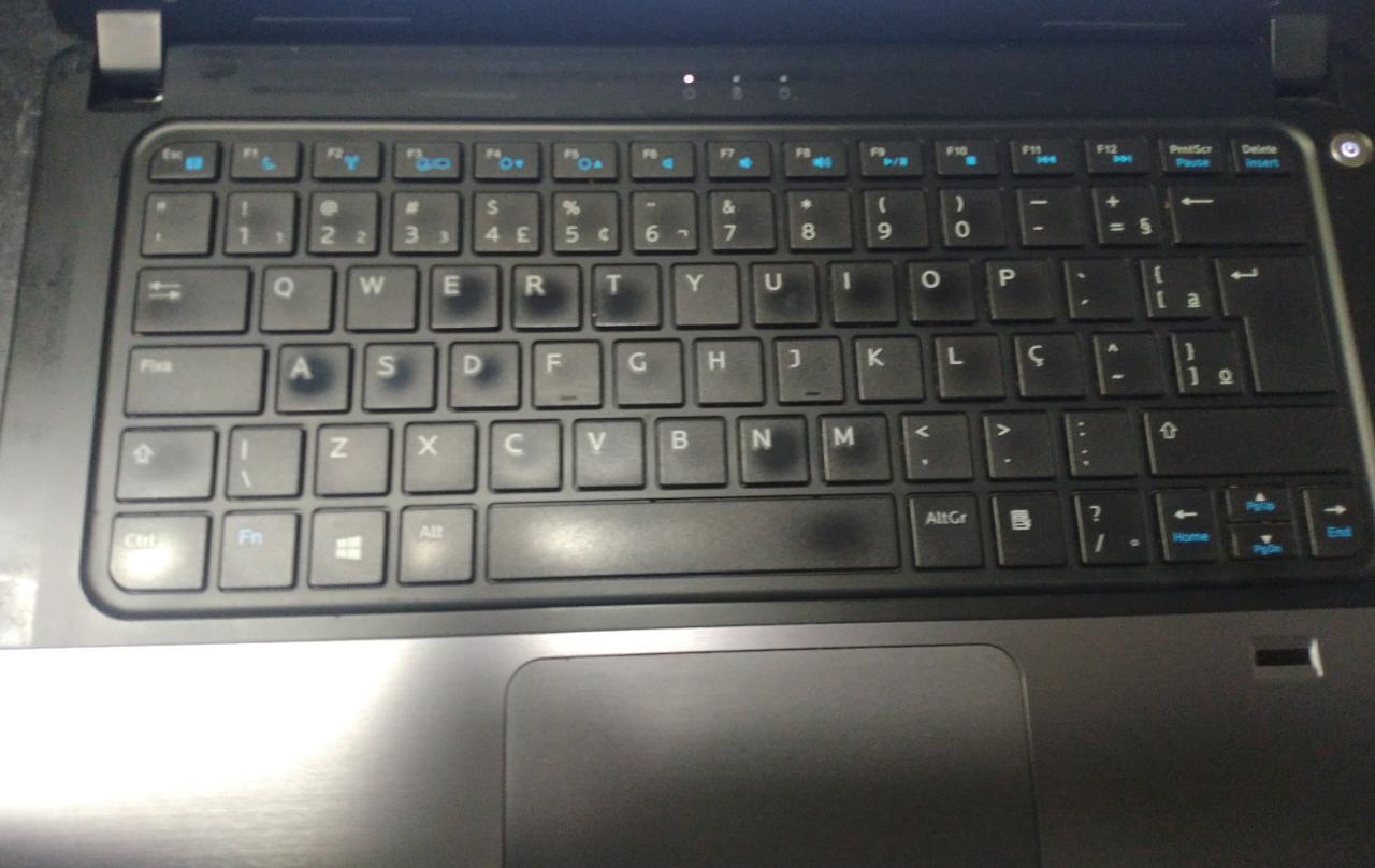 Notebook Dell Vostro 14-5470 i3/4GB/240SSD