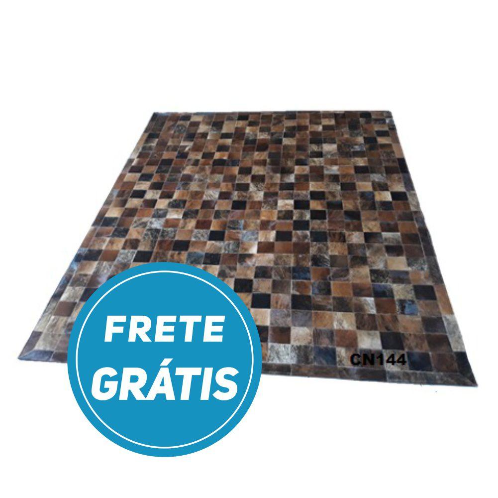 Tapete de Couro de Boi 2,5m X 2m Natural Costurado 10cm x 10cm Com Borda - CN144