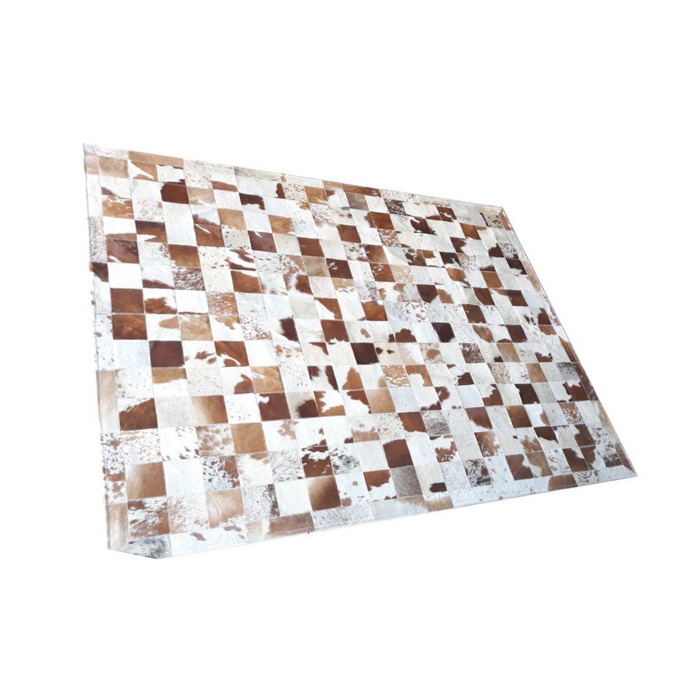 Tapete de Couro de Boi 2m X 1,5m Natural Costurado Placas 10cm x 10cm Com Borda - OF14