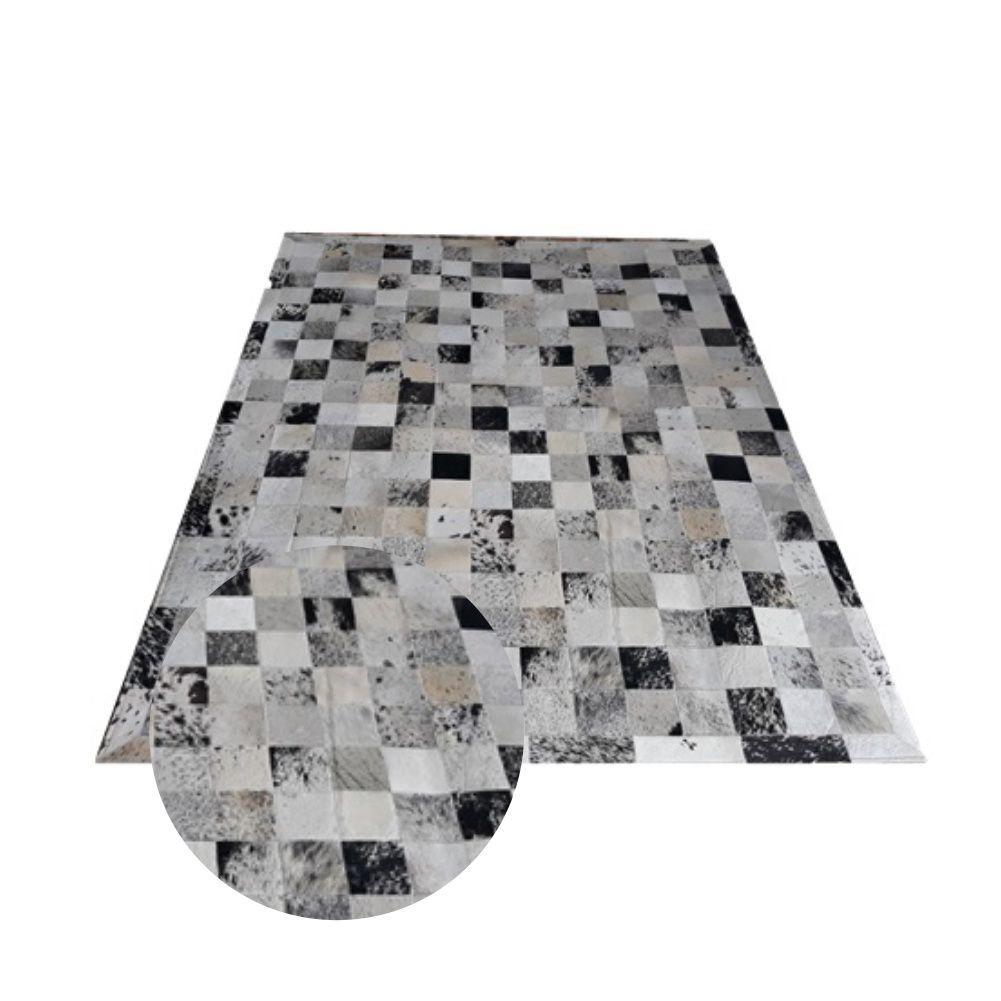 Tapete de Couro de Boi 3m X 2,5m Natural Costurado 10cm x 10cm Com Borda - Sob Encomenda