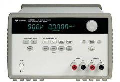 E3646A - Fonte de alimentação CC com 2 saídas 1x 8V 3A ou 1x 20V 1,5A, 60W