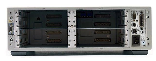 34980A - Aquisição de Dados (DAQ) 6 ½ dígitos, 8 Slots (mainframe)
