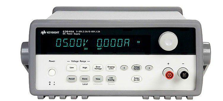 E3642A - Fonte de alimentação CC 50 W, 8 V, 5 A ou 20 V, 2,5 A