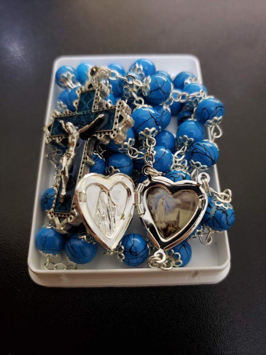 Terço Azul de Fátima com Coração e detalhes Prateados