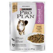 Ração Nestlé Purina Pro Plan Cat Wet Sachê Frango ao Molho Sterilized para Gatos 1+ Adultos (7) 85 g