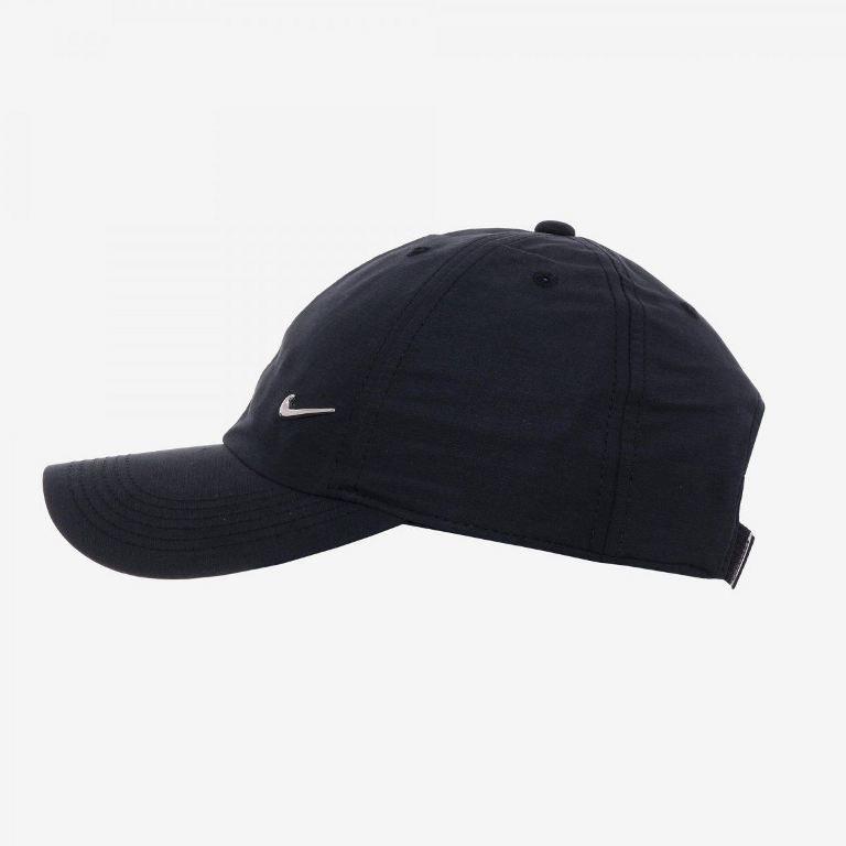 Boné Nike Heritage 86 Metal Swoosh Infantil Ref 405043-010 - Sportland ad118cca6c6