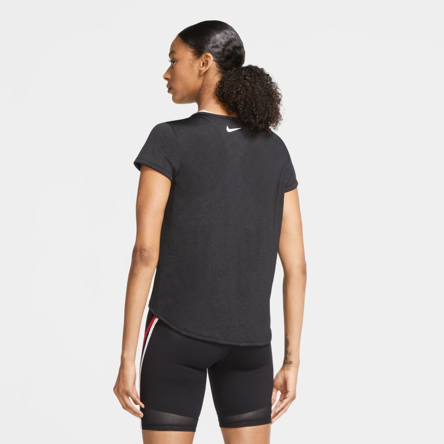Camiseta Nike Icon Clash Epic Lux Feminina