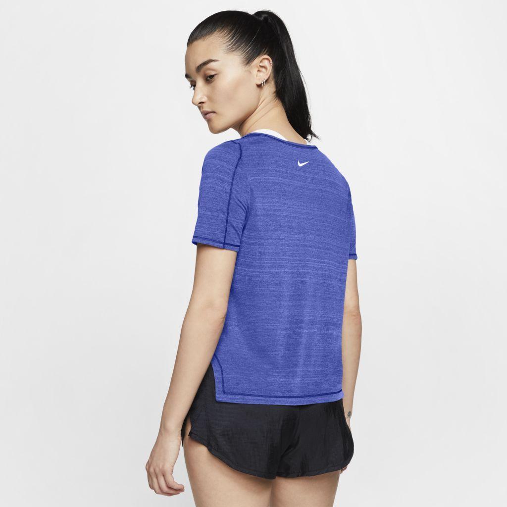 Camiseta Nike Icon Clash Feminina