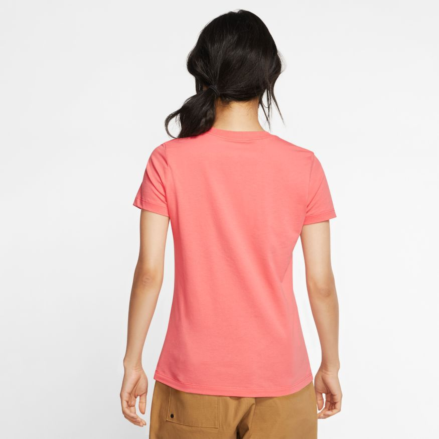 Camiseta Nike Icon Futura Feminina