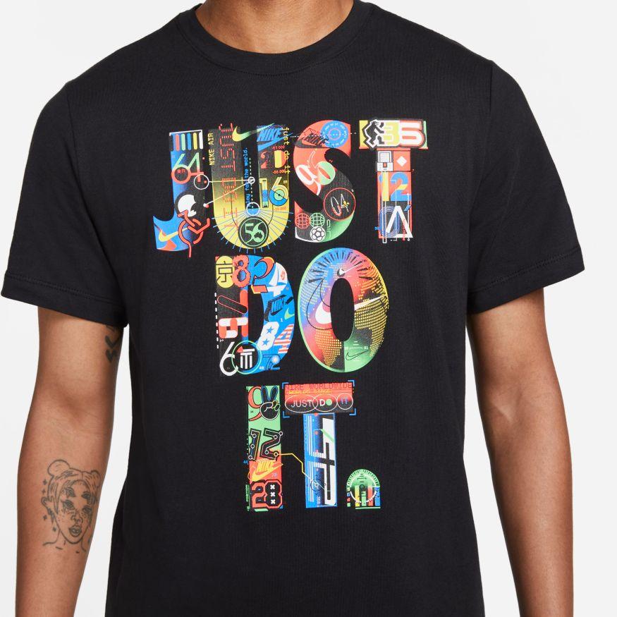 Camiseta Nike Sportswear Graphic Worldwide JDI
