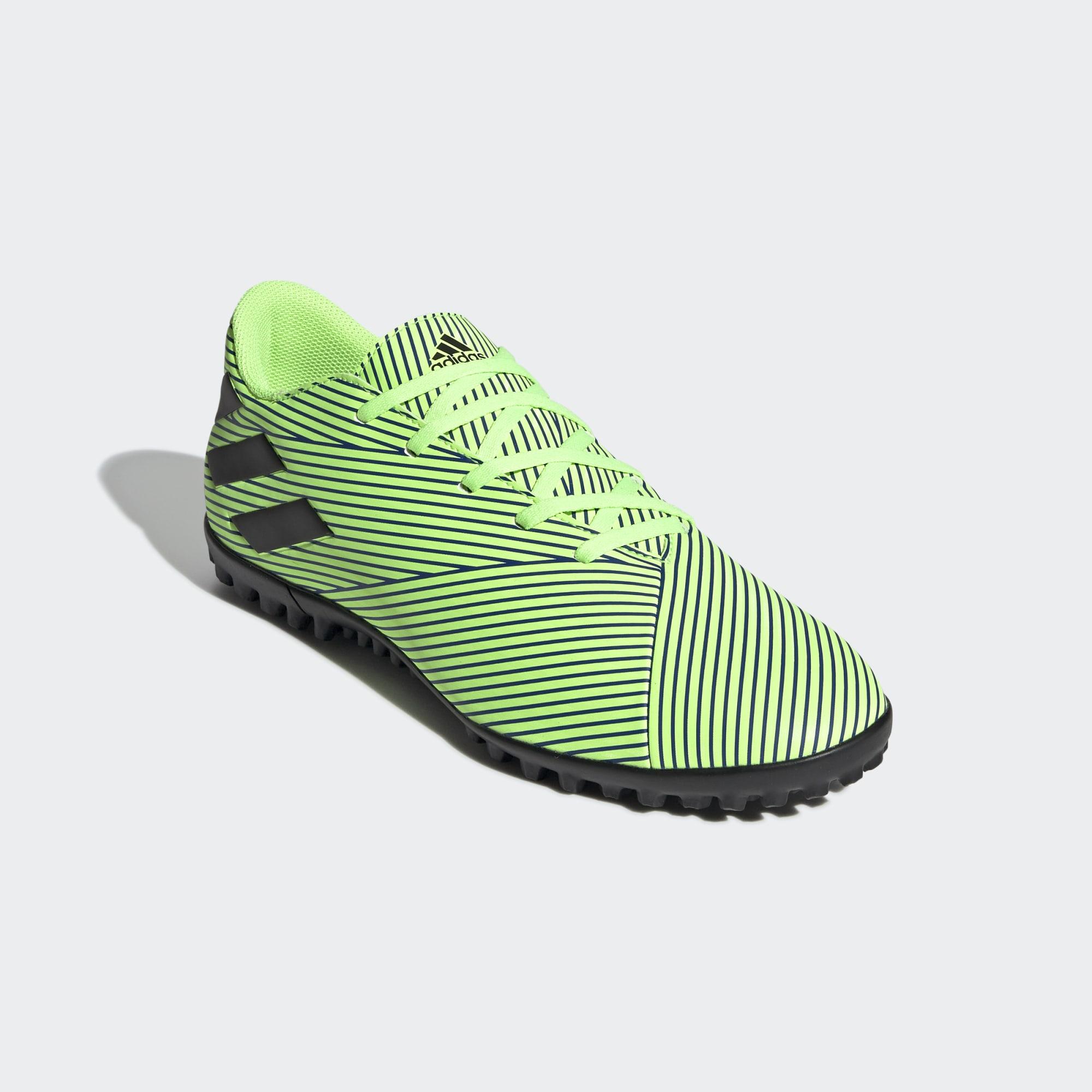 Chuteira Adidas Nemeziz 19.4 Society