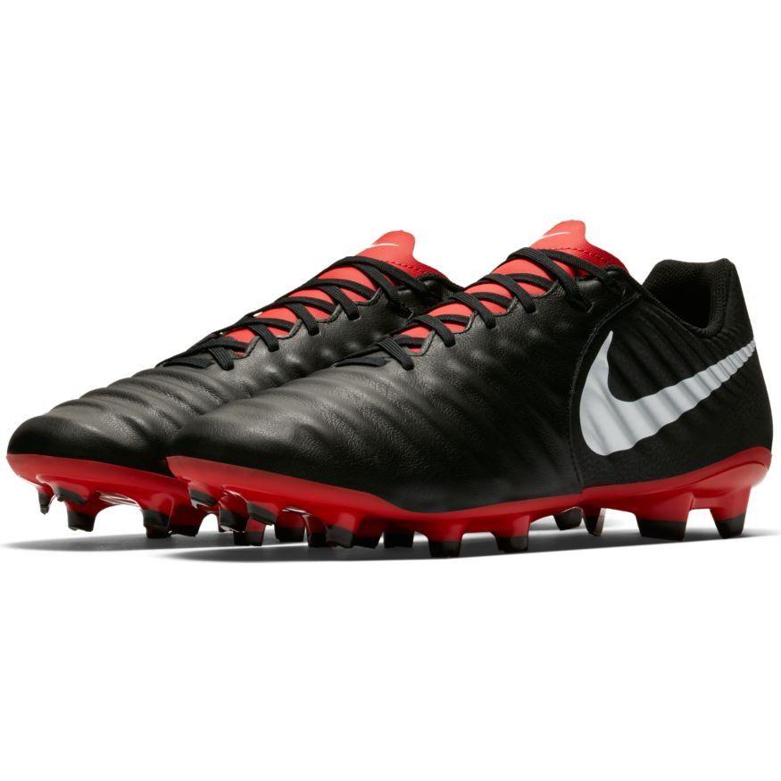 Chuteira Nike Legend 7 Academy Campo