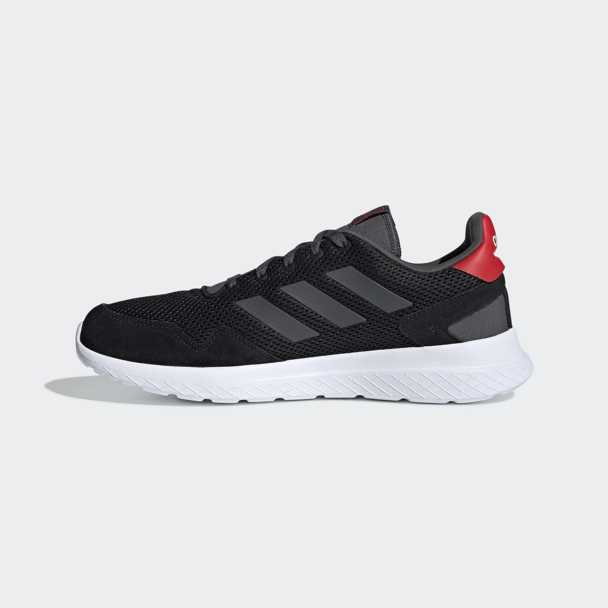 Tênis Adidas Archivo