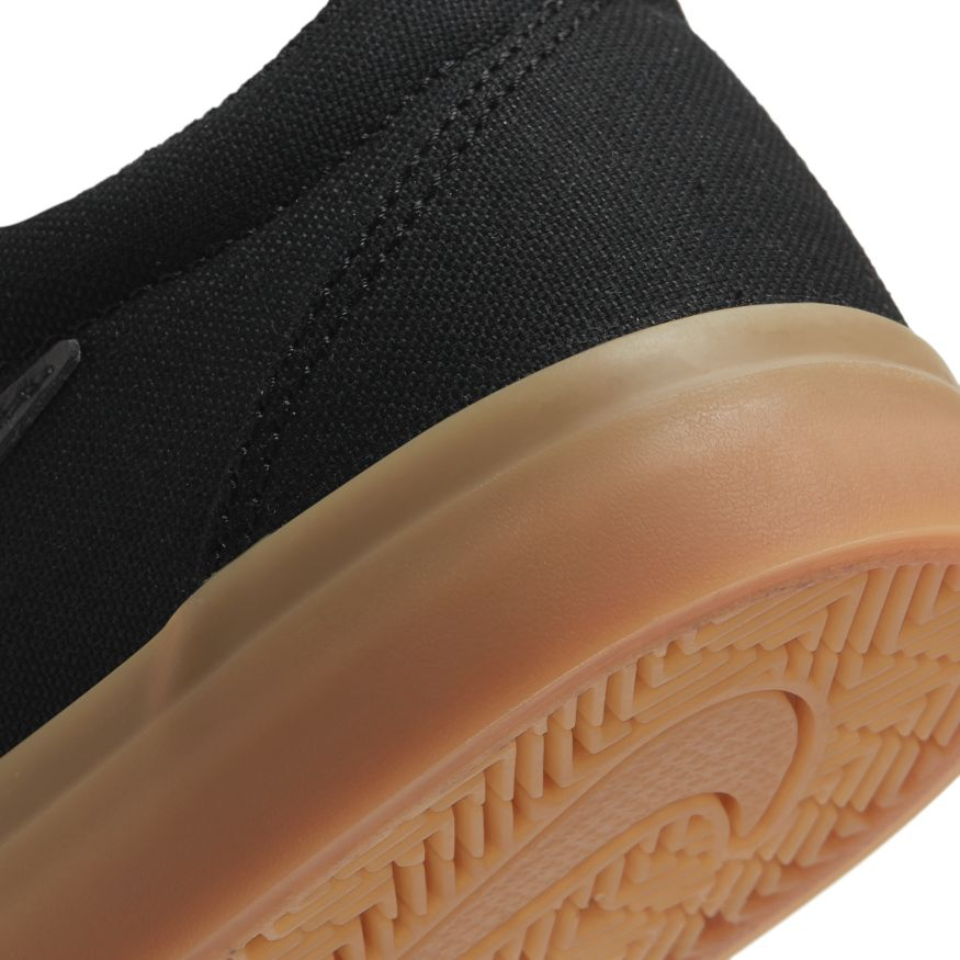 Tênis Nike SB Charge Solarsoft