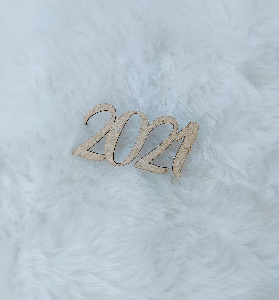 Aplique Chipboard - 2021 - 5cm - 10 peças - Natal
