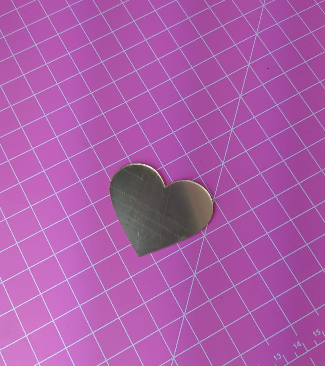 Aplique em acrílico espelhado - Coração simples - 7cm - 10 peças