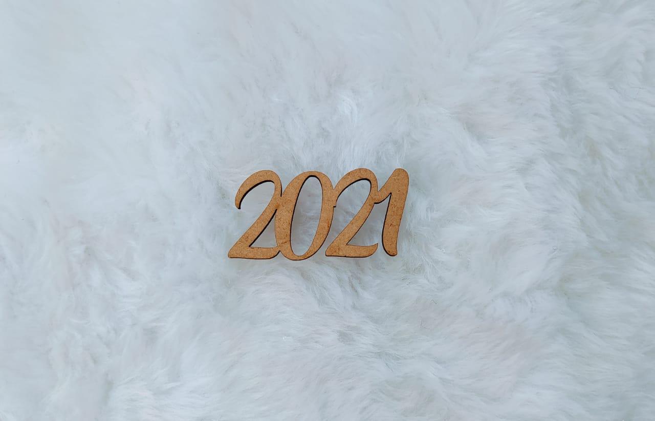 Aplique em MDF - 2021 - 5cm - 10 peças - Natal