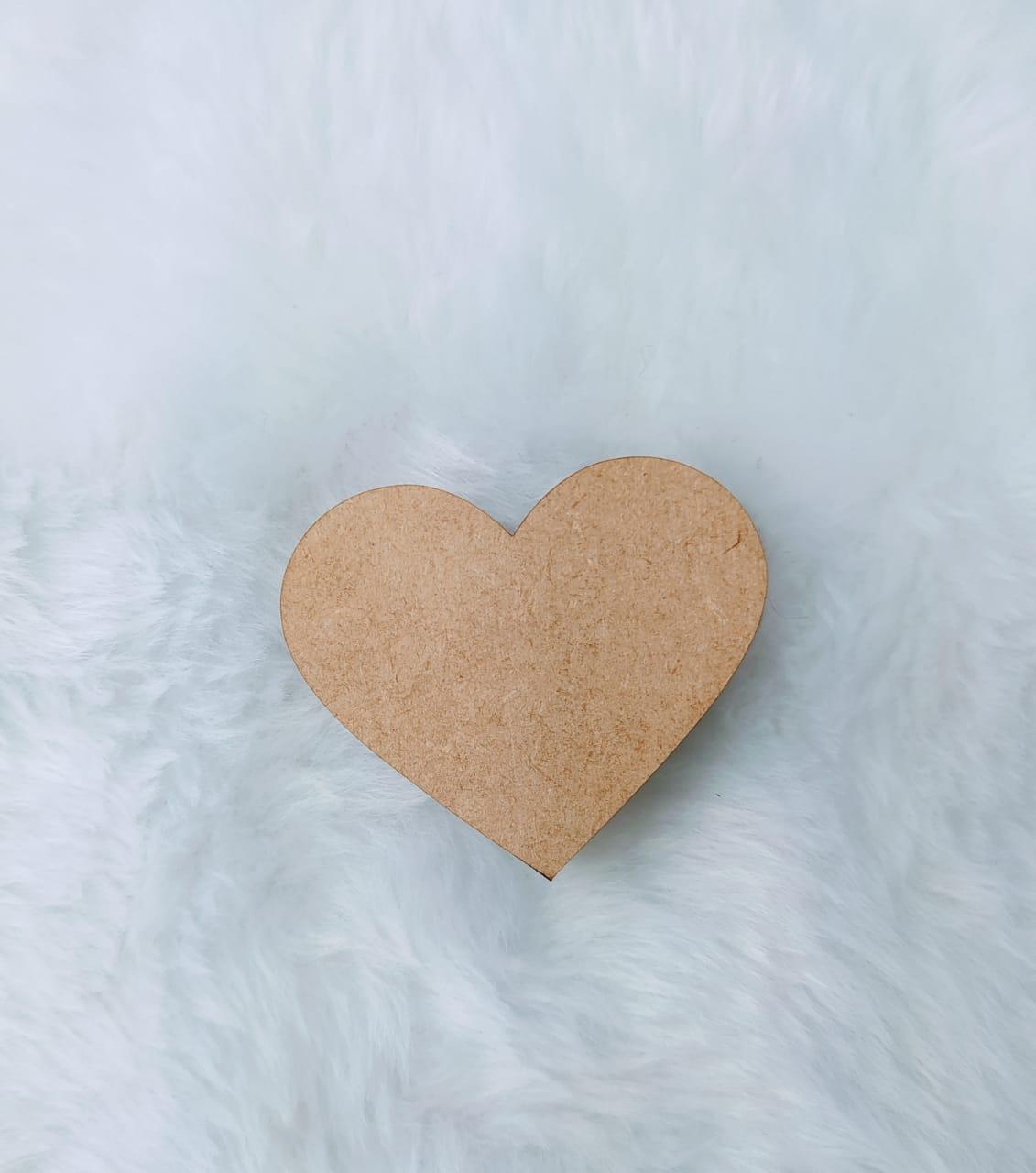 Aplique em MDF - formato coração 5cm - espessura 0,5cm - 1 unidade