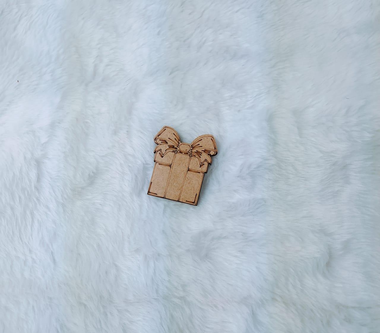 Aplique em MDF - Presente - 7cm - 10 peças - Natal