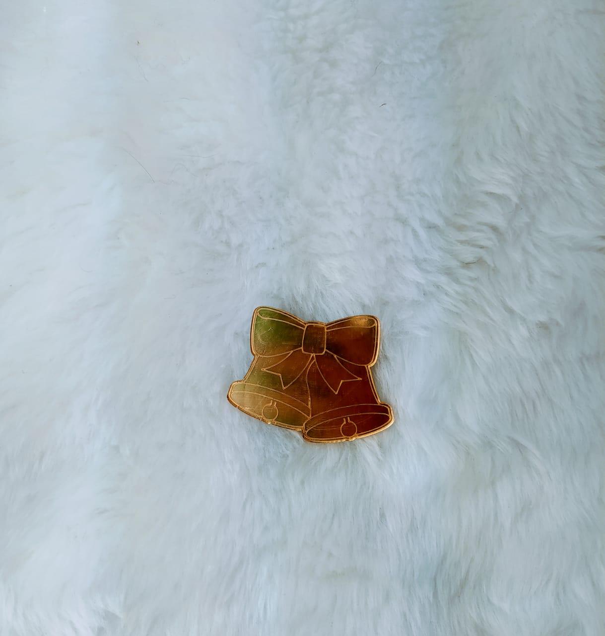 Aplique Sinos de Natal em Acrílico Espelhado - 7cm c/ 10 peças