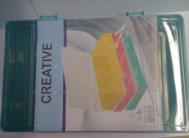 Caixa Organizador Plastico Colorida M com 11 Divisorias 27 x 17 x 4 cm