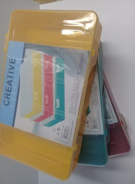 Caixa Organizador Plastico Colorida P com 9 Divisorias 21 x 14,8 x 4 cm