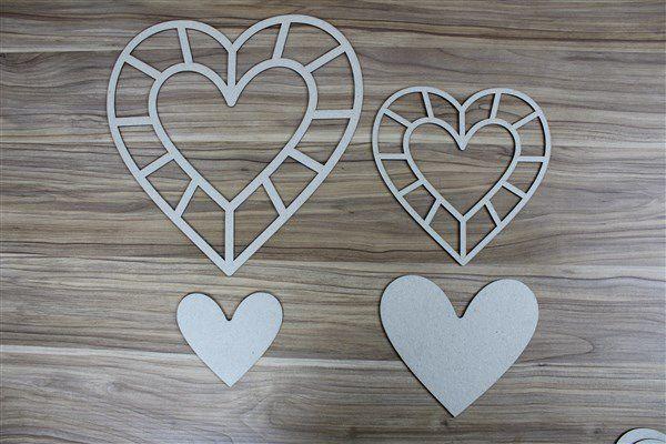 Coração 02 - Chipboard - 27x27cm e 18x18cm + 2 peças - Design by Megui