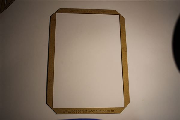 Gabarito MDF tipo moldura -  18,5x26,5cm - Universitário I - Encadernação e Cartonagem
