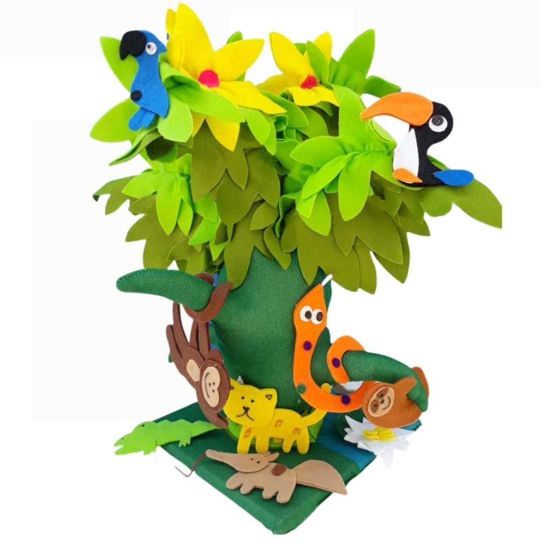 Árvore Macia com Animais
