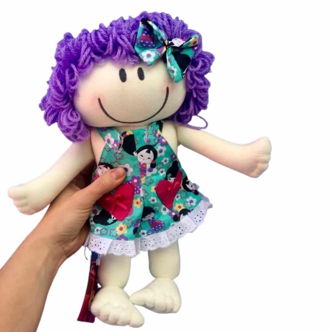 Boneca Leka