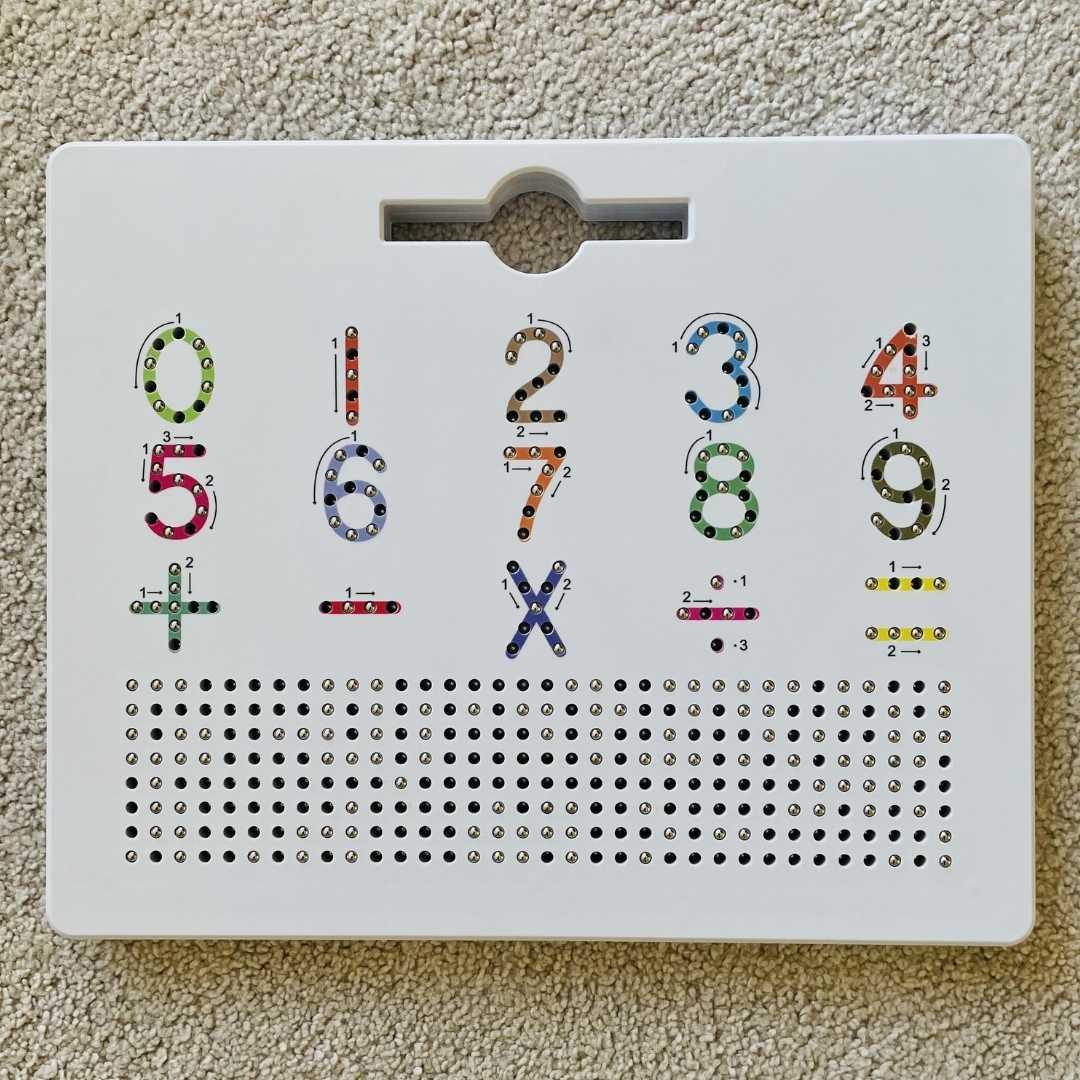 Jogo Lousa Magnética Letras e Números