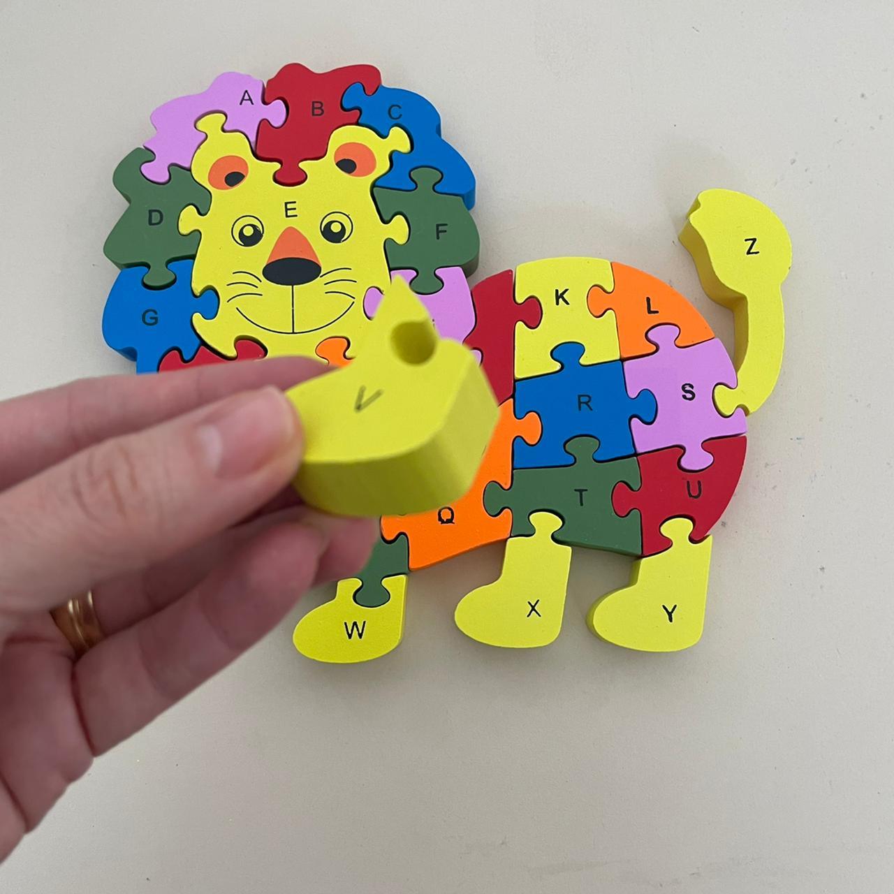 Quebra-cabeça Números e Alfabeto Leão