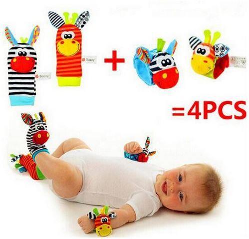 Meias com chocalho para bebês 4 peças sortidas (2 meias e 2 pulseiras)