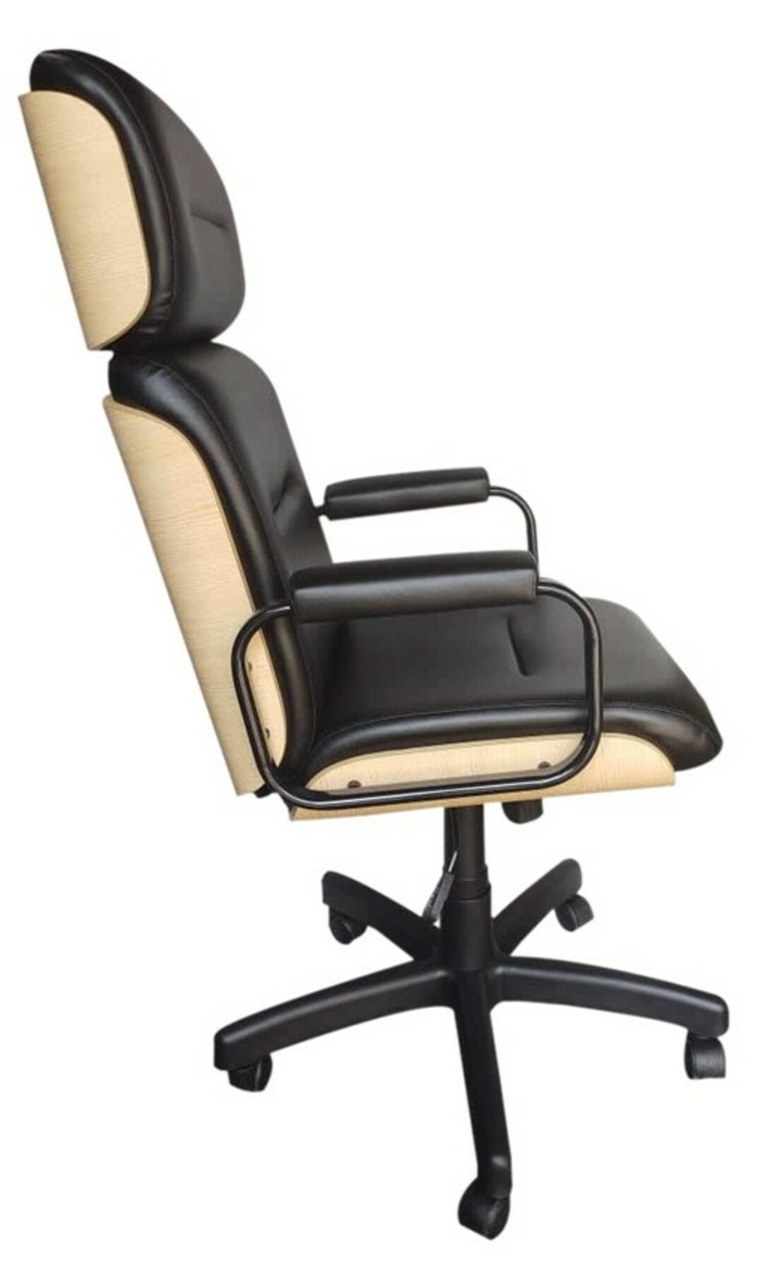 Cadeira Presidente Wood Eames Madeira