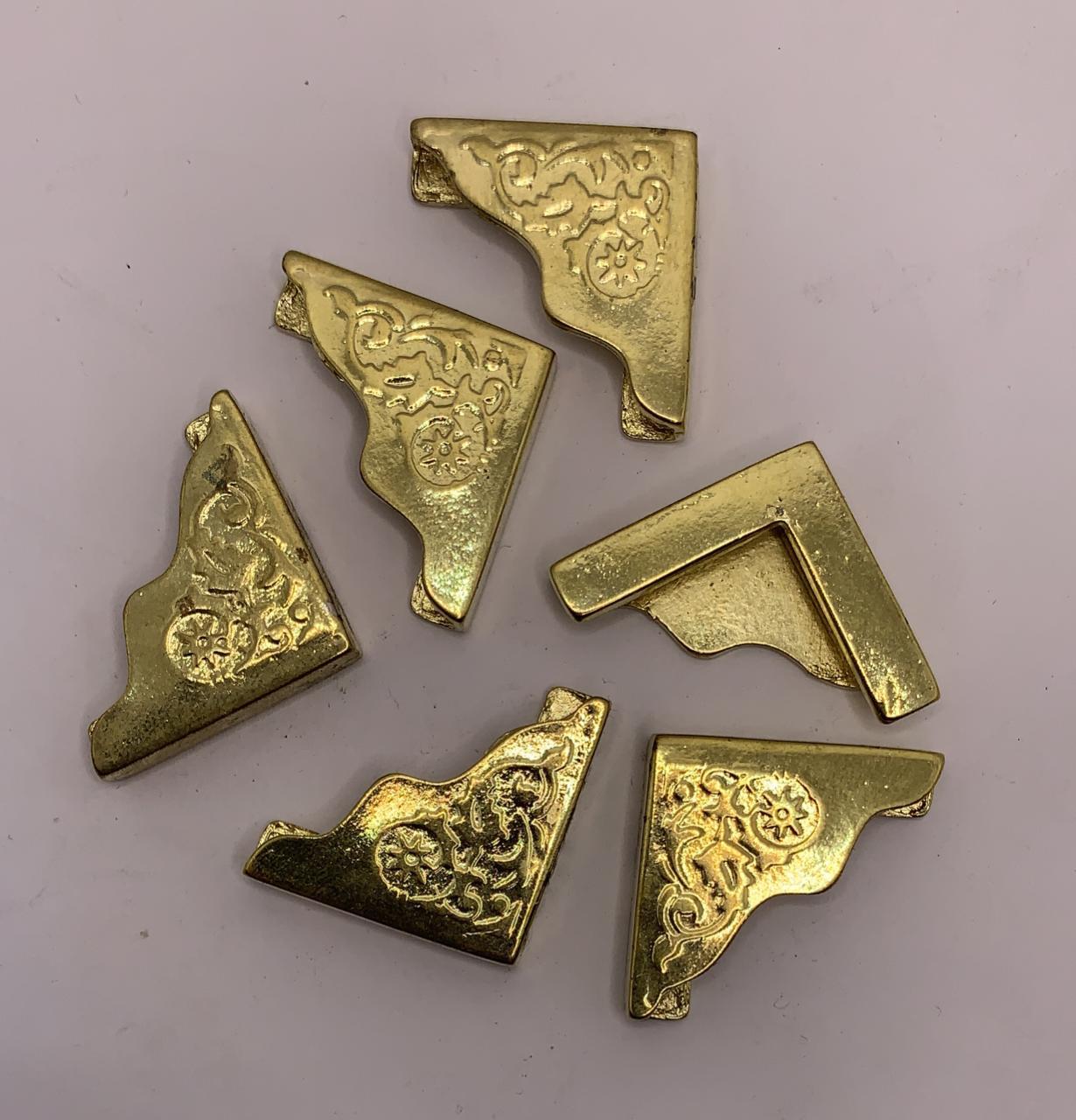 Cantoneira 25x25mm - Dourado - 4 Peças