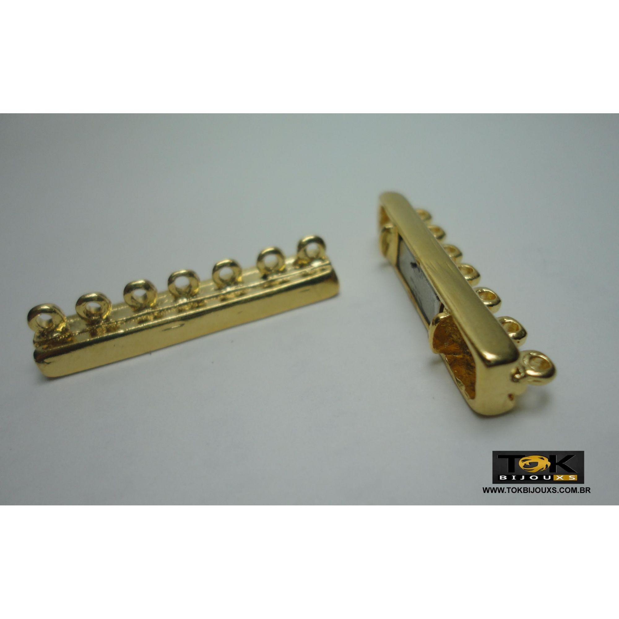 Entremeio Cabide Imã - 7 Saídas - Dourado - 2un