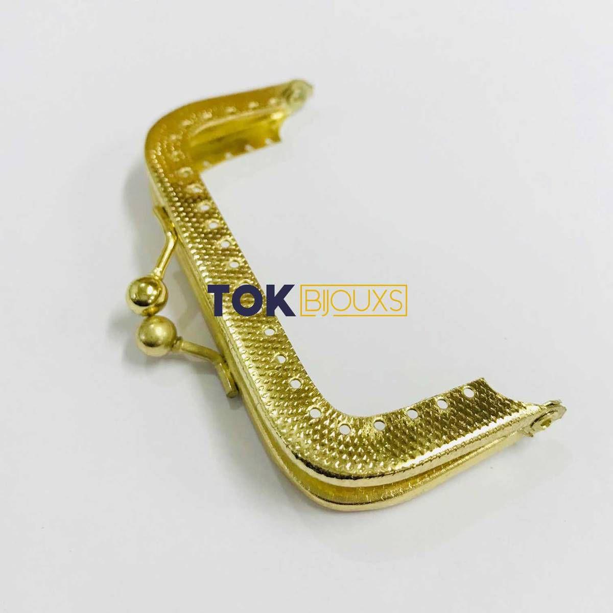 Fecho Da Vóvó Armação P/ Bordar - 8x4cm - Dourado - 1 Un
