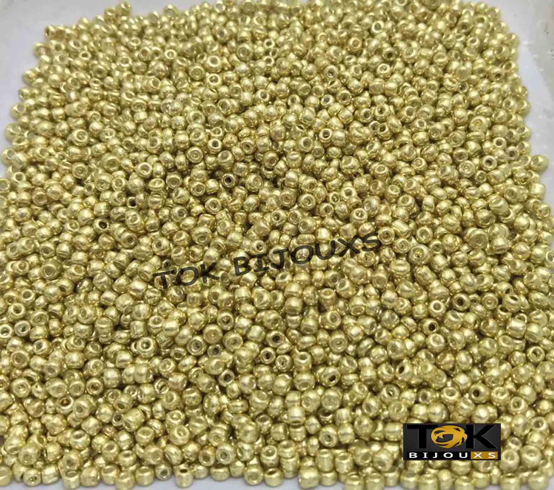 Missanguinha Ouro Claro Metalizado 10/0 - 50g