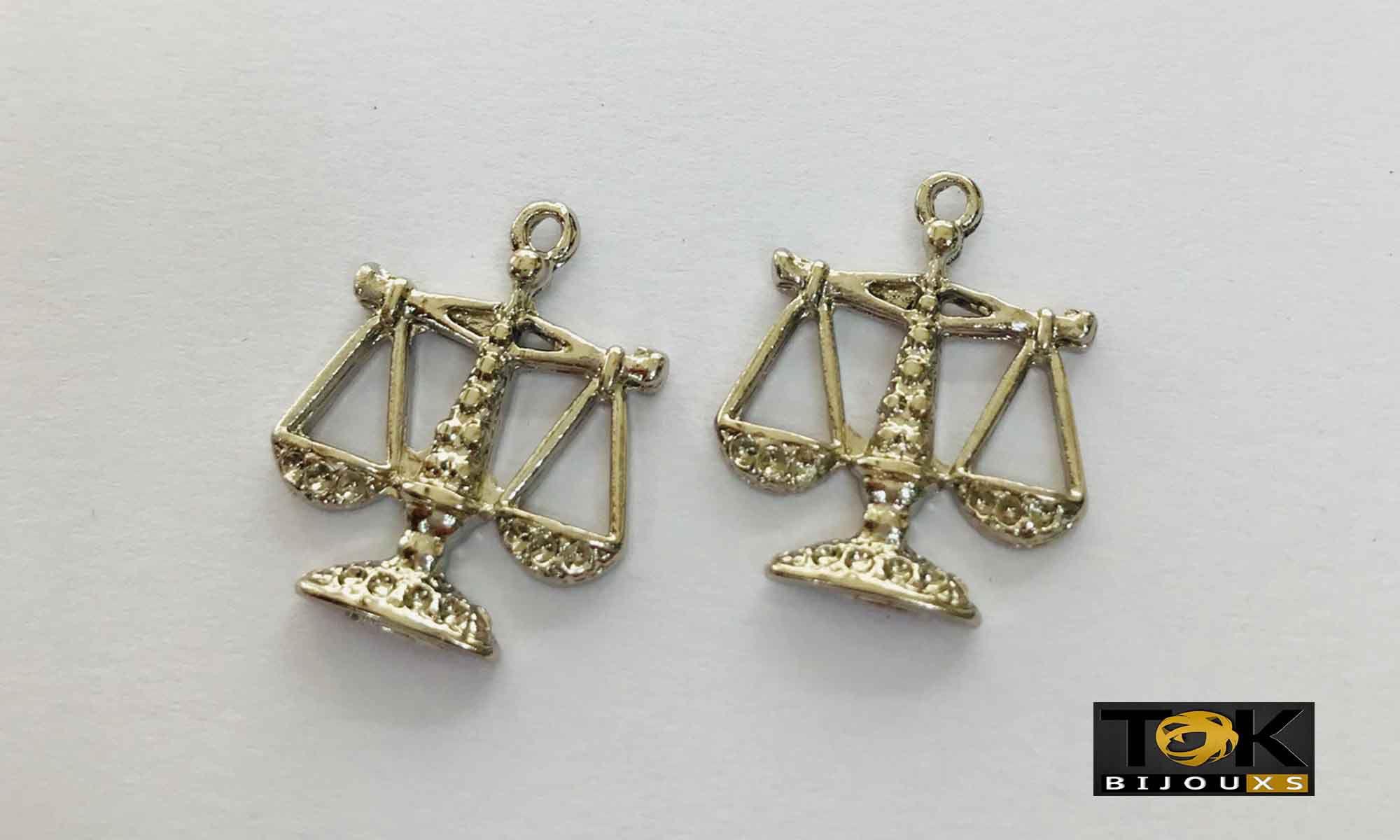 Pingente Profissão - Direito - Níquel - 1 Unid