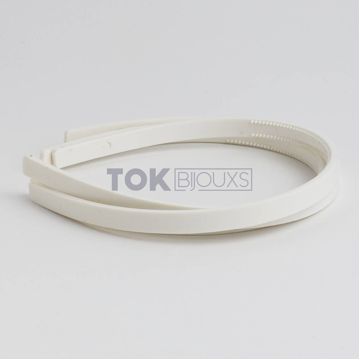Tiaras Simples 10mm - Dentinho - Branca - 12  Unid