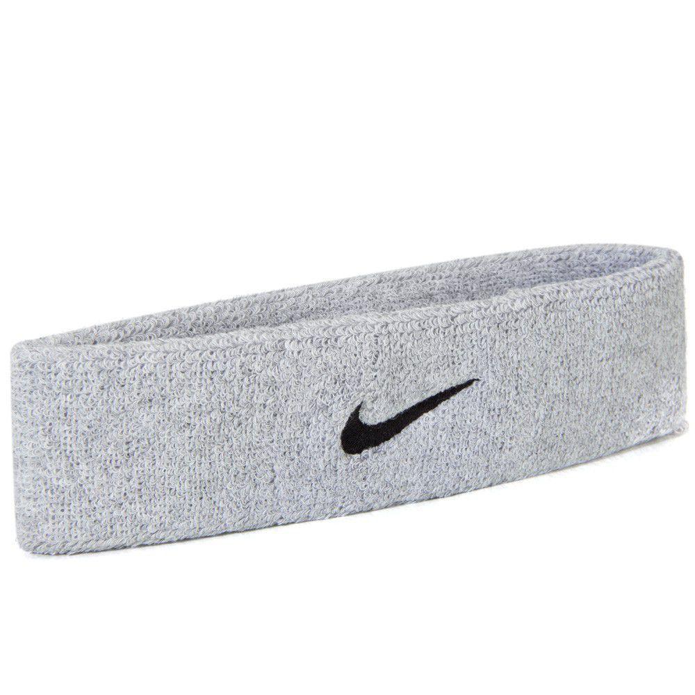 Testeira Nike Swoosh Headband - Cinza  - REAL ESPORTE