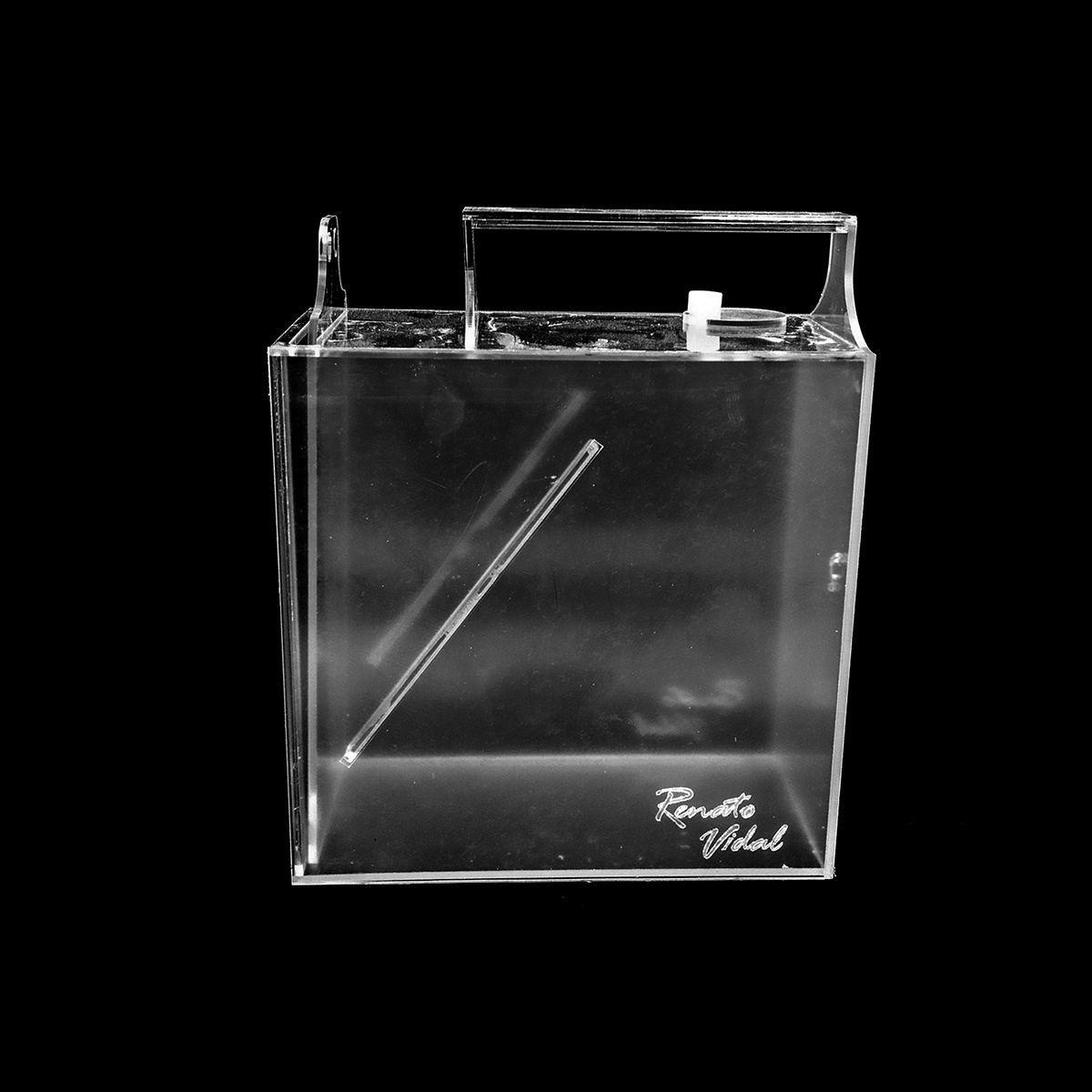 Armadilha de Acrílico para Peixes - Porta Basculante