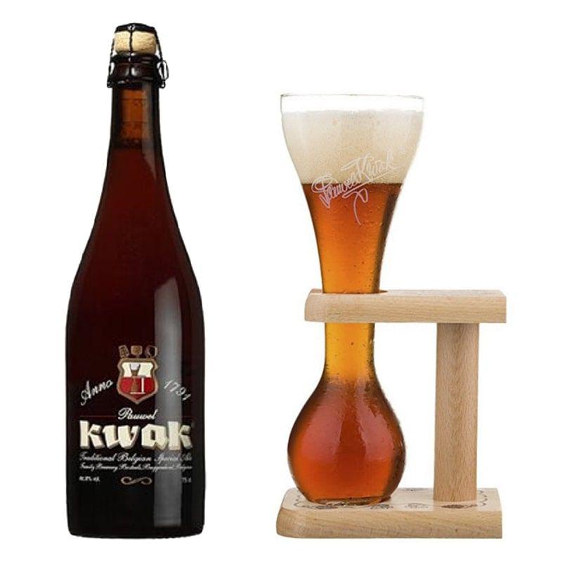 Kit de Cerveja Kwak 750 ml com Copo
