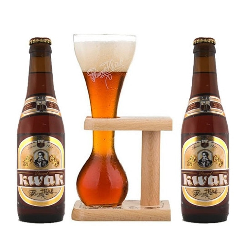 Kit de Cervejas Kwak 330 ml com Copo