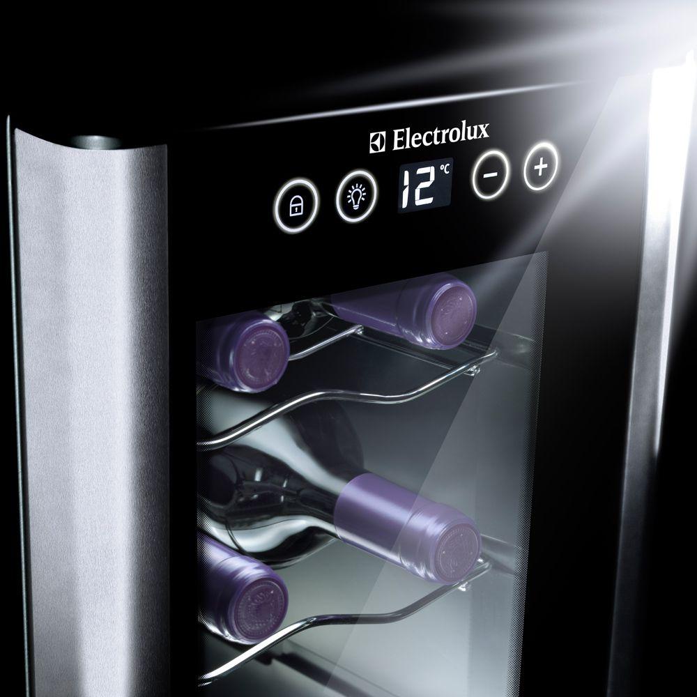 Adega de Vinhos Climatizada Electrolux para 8 Garrafas - ACS08 - 127V
