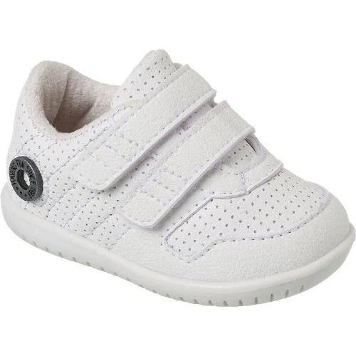 Tenis Bebe Klin Cravinho Branco Furinhos