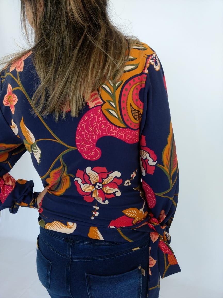 Camisa Feminina Camu Camu Floral Azul  - Pick Tita